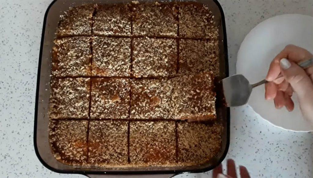 posni kolač sa jabukama